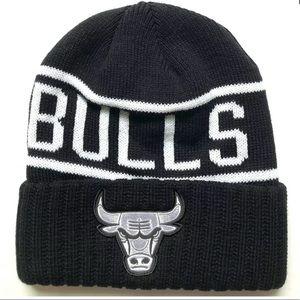 NWT Mitchell & Ness Chicago Bulls Cuff Beanie